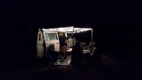 Abendessen vorm Bus