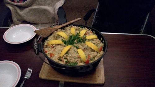 Silvester-Paella im Dutch Oven